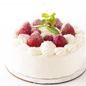 Strawberry Short Cake (Whole)